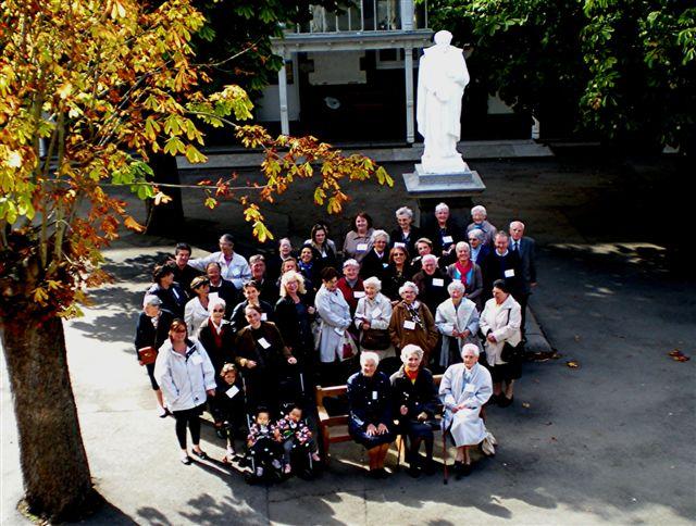 Dans Pages Soeurs Avec des anciennes élèves La Providence St-Brieuc