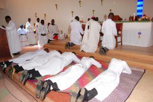 Professions perpétuelles de Frères. Kisubi, Ouganda.