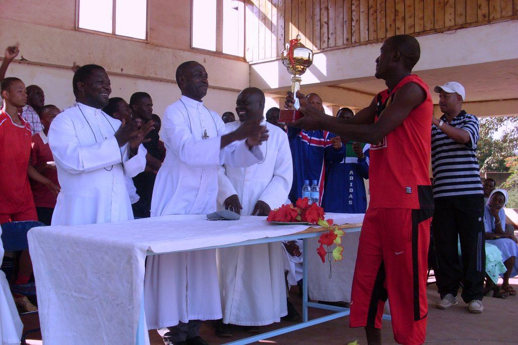 Photo Qui sommes-nous B+ Tanzanie-Ouganda