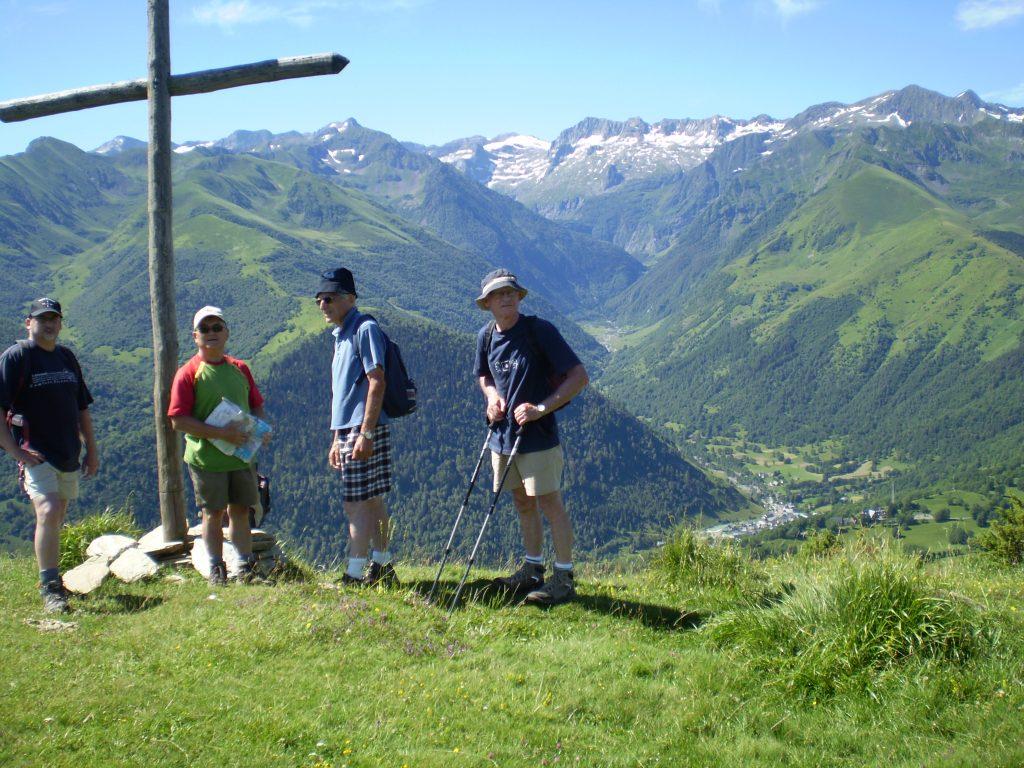 Tour de la vallée d'Oueil. Devant la vallée d'Oô.